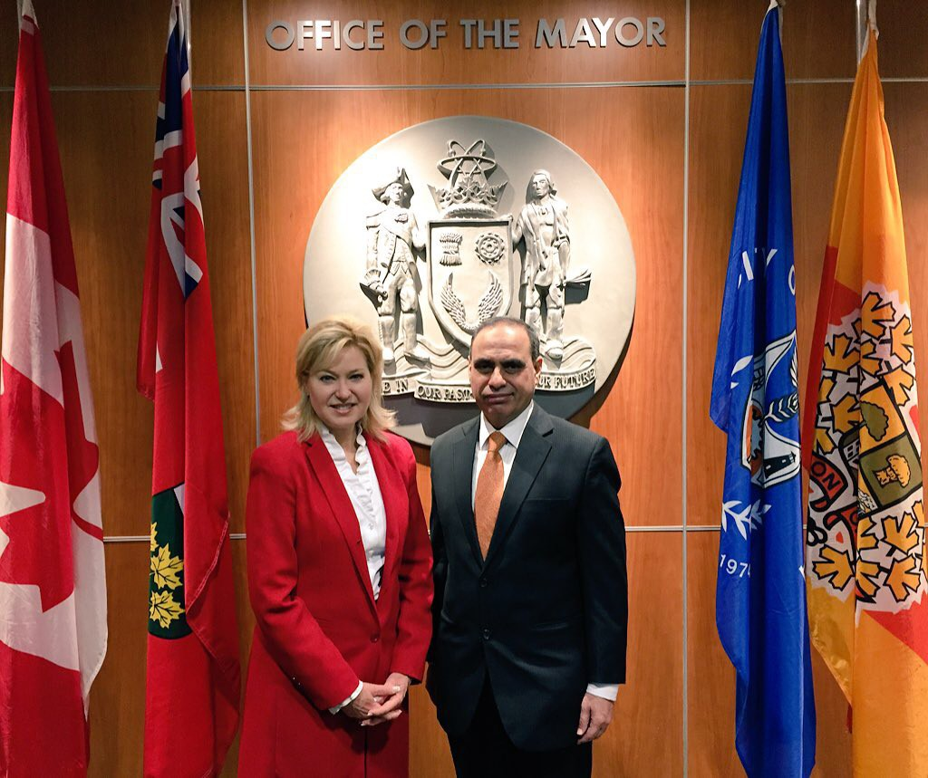 Mayor Crombie welcomes Consul General Asghar Ali Golo to Mississauga City Hall.